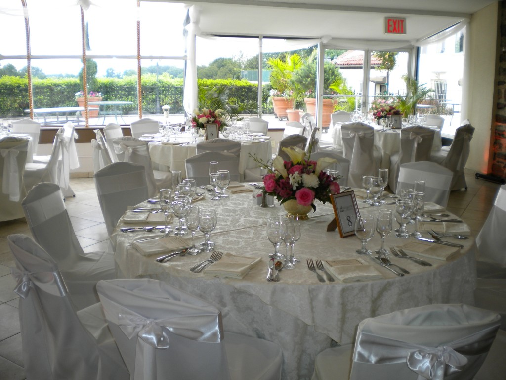 Douglaston Manor table set up